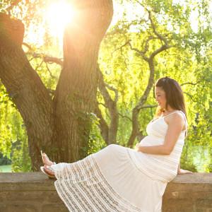 Maternity Photo Shoot at Ringwood Botanical Gardens {Hamilton, NJ Pregnancy Photographer}