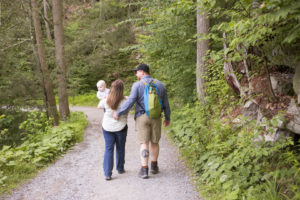 5 Reasons to Hike with your Family